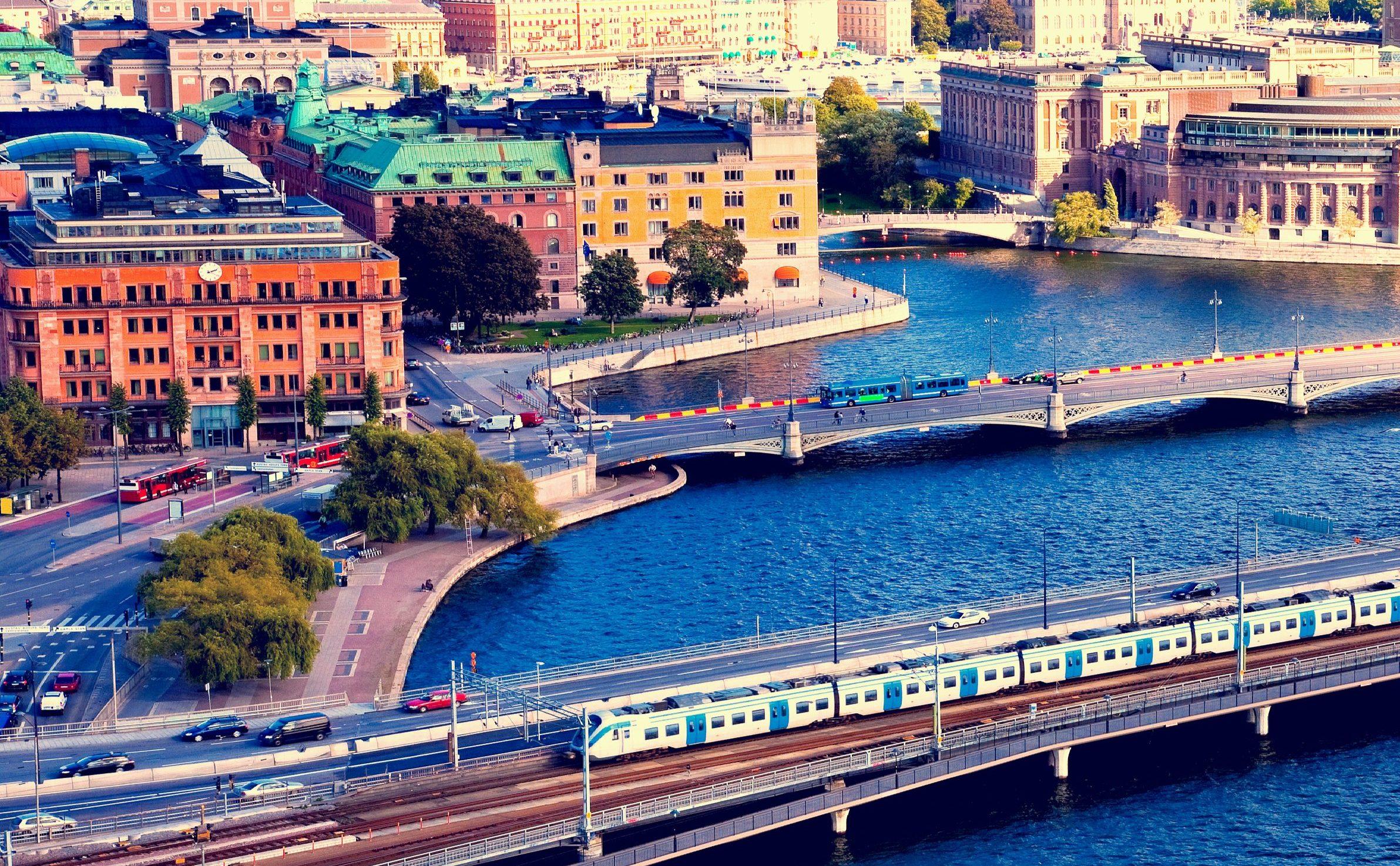 Travel Seamlessly in Sweden